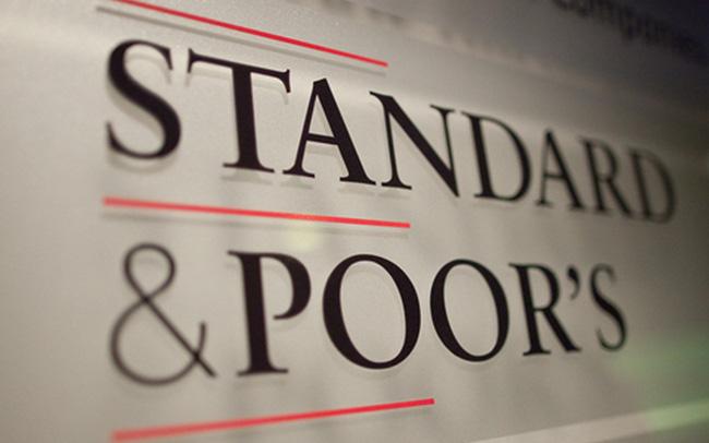 S&P hạ bậc tín nhiệm, triển vọng hàng loạt quốc gia nhưng giữ nguyên thứ hạng của Việt Nam có ý nghĩa gì?