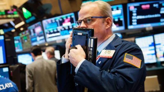 Mất 165 điểm, Dow Jones giảm 3 phiên liên tiếp