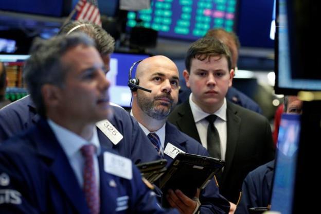 Dow Jones vọt gần 13% trong tuần qua bất chấp đà sụt giảm 900 điểm trong phiên