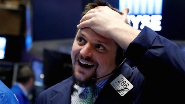 S&P 500 lập kỷ lục 2 phiên liên tiếp