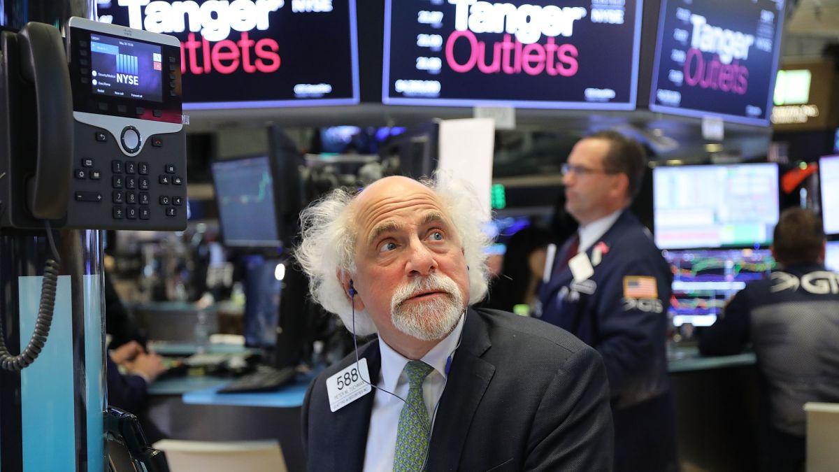 S&P 500 tăng nhẹ sau nhận định của Chủ tich Fed