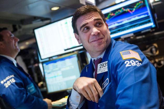 S&P 500 tăng 4 phiên liên tiếp, chỉ cách 2% so với mức cao kỷ lục hồi tháng 2/2020