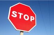 Không những lao dốc, cổ phiếu ASA còn bị tạm ngừng giao dịch để bảo vệ quyền lợi của nhà đầu tư