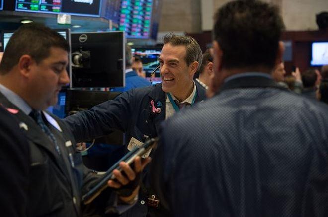Khối ngoại mua ròng hơn 134 tỷ đồng trong phiên cuối tuần
