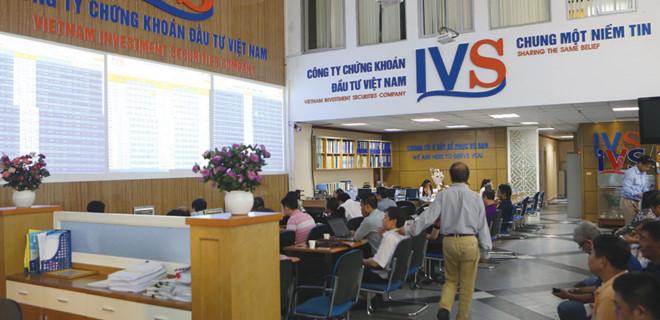 Vốn châu Á quan tâm chứng khoán Việt