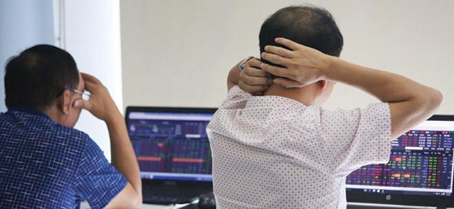 Chóng mặt với cổ phiếu nóng