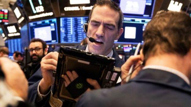 Dow Jones đứt mạch 8 phiên leo dốc do lo ngại về đà tăng của giá dầu