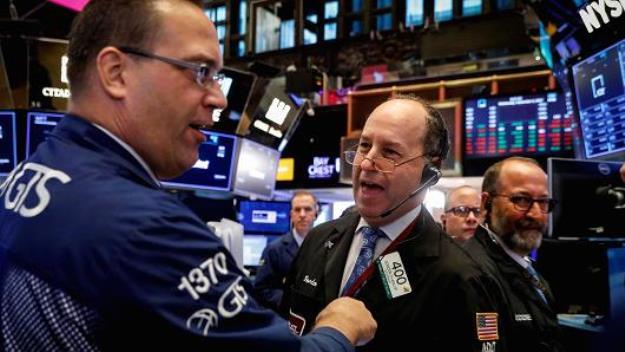 Dow Jones lập kỷ lục mới 5 phiên liên tiếp