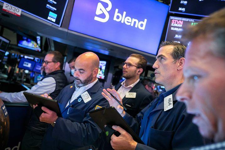 Dow Jones sụt 570 điểm, Nasdaq giảm 2.8% trong phiên tồi tệ nhất từ tháng 3/2021