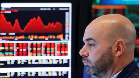 Sắc đỏ lan tới TTCK châu Á, Nikkei 225 giảm gần 300 điểm