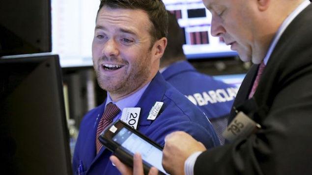 Chứng khoán Mỹ vẫn hút vốn bất chấp đà tăng của lợi suất trái phiếu