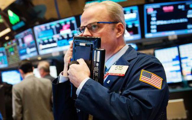 Chứng khoán Mỹ đồng loạt giảm điểm sau khi công bố bản dữ liệu kinh tế yếu kém