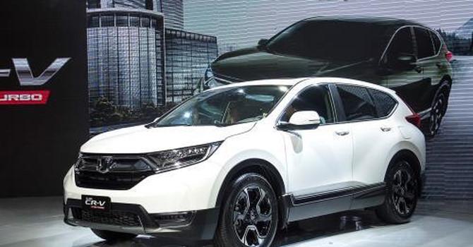 """Honda và Toyota """"trần tình"""" về việc tạm ngừng nhập khẩu ô tô về Việt Nam"""