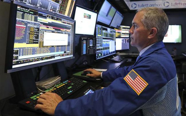 Chứng khoán Mỹ im ắng khi khởi động tuần bận rộn nhất của mùa báo cáo tài chính