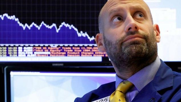 Nikkei 225 giảm hơn 400 điểm, chứng khoán Trung Quốc đi xuống vì căng thẳng thương mại