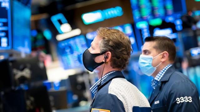 Dow Jones có thể cán mốc 40,000 điểm vào năm 2021?