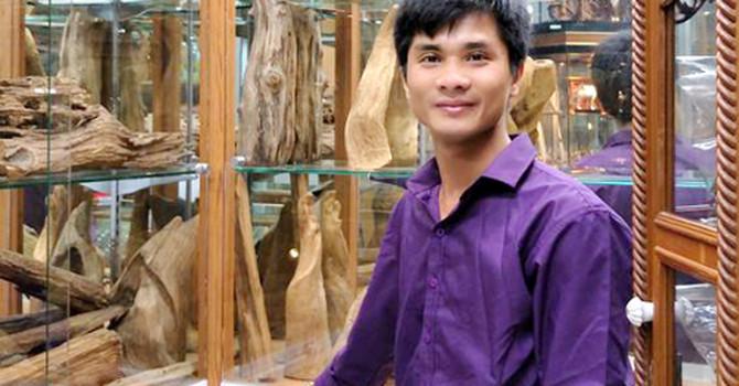 Từ sinh viên bỏ học đến ông chủ nhang trầm hương