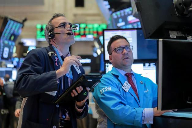 Sụt hơn 17%/tuần, Dow Jones chứng kiến tuần tồi tệ nhất kể từ năm 2008