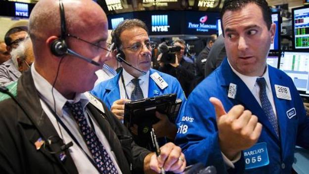 Dow Jones giảm hơn 100 điểm trước đà sụt giảm của cổ phiếu năng lượng