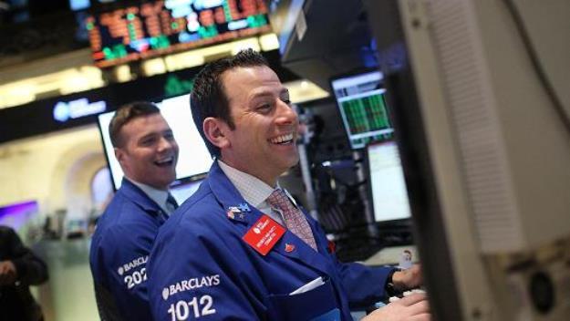 3 chỉ số chính đồng loạt leo lên kỷ lục mới nhờ đà tăng của cổ phiếu công nghệ