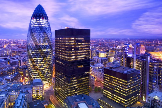 Giới tài chính tại London căng mình khắc phục hậu quả Brexit