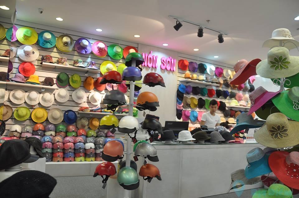 Quản lý Nón Sơn lý giải vì sao chuỗi vắng khách vẫn mở rộng hơn 100 cửa hàng