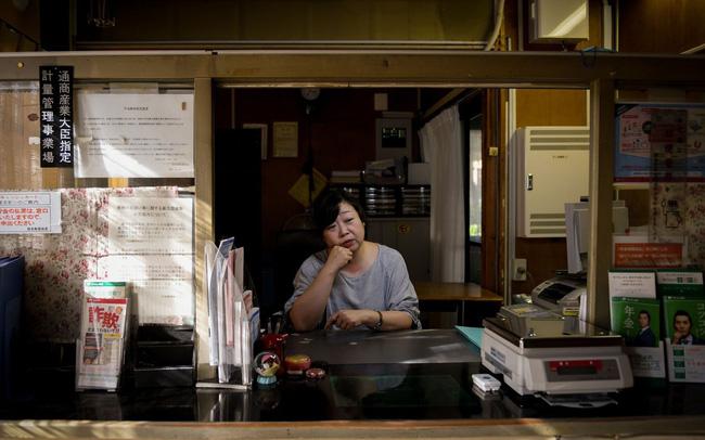 Kinh tế Nhật Bản bị chia rẽ sâu sắc, chính phủ 'đau đầu' không tìm thấy hướng đi: Dòng người bỏ quê lên thành phố không có dấu hiệu chững lại, người gi