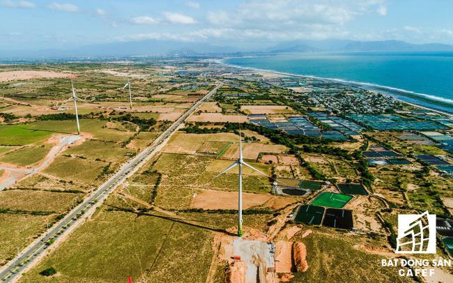 """Xây dựng 100km đường ven biển, địa phương này đang thu hút hàng loạt """"ông lớn"""" địa ốc"""