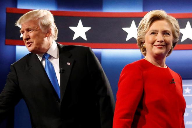 Bà Clinton gọi ông Donald Trump là kẻ quỵt tiền trong cuộc tranh luận trực tiếp