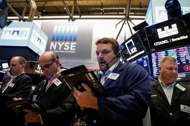 Đà sụt giảm của cổ phiếu năng lượng khiến S&P 500 suy yếu