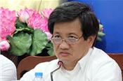 Ông Đoàn Ngọc Hải đối thoại với người dân chung cư sắp sập ở Sài Gòn