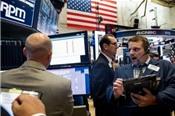 Lợi nhuận ngân hàng tăng mạnh, Phố Wall chạm đỉnh 1 tháng
