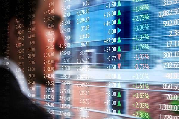 Quỹ đầu cơ Trung Quốc tích cực gom cổ phiếu trong lúc thị trường bán tháo