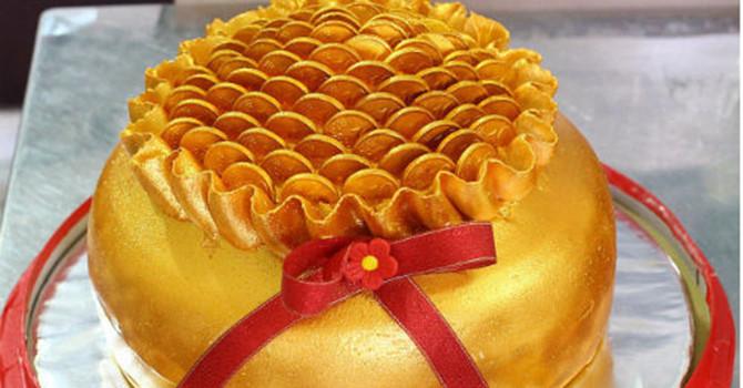 """Thị trường 24h: Cận kề ngày vía Thần Tài, bánh hình thỏi vàng """"hút"""" khách"""