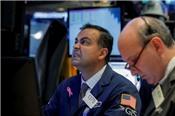 Cổ phiếu tài chính, năng lượng đi xuống, chứng khoán Mỹ diễn biến trái chiều