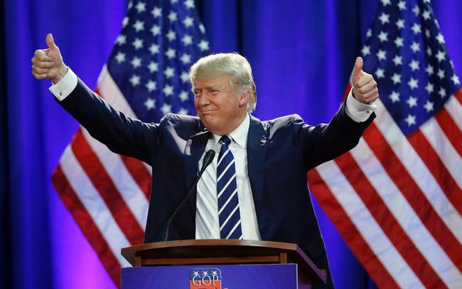 Giảng viên Đại học Harvard: Bất chấp bối cảnh thế giới đầy biến động và rủi ro suy thoái kinh tế, đây là lý do tại sao ông Trump sẽ tái đắc cử!