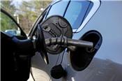Giá xăng E5 tăng 320 đồng/lít