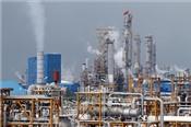 'Sóng gió' trên thị trường dầu mỏ