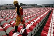 Tồn kho nhiên liệu tại Mỹ tăng, giá dầu giảm hơn 1%