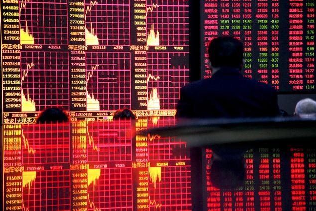 Sắc đỏ lại về với chứng khoán châu Á, Shanghai giảm gần 1%