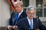 Trump có thể can thiệp vào chính sách lãi suất của Fed hay không?