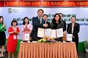 Vietcombank ký kết hợp tác toàn diện với đối tác từ Singapore