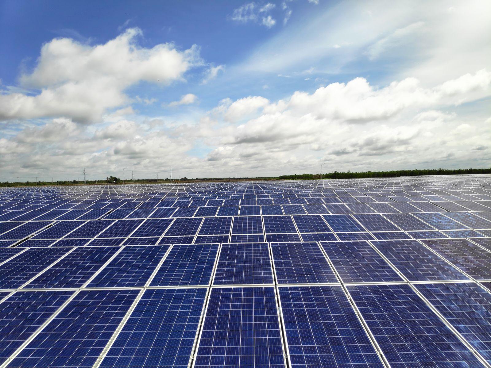 Nhà máy năng lượng mặt trời BCG - CME Long An 1 phát điện thương mại