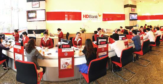 ĐHĐCĐ HDBank: Trình phương án sáp nhập PGBank