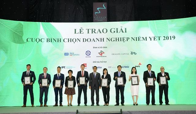 Novaland tiếp tục được vinh danh tại lễ Bình chọn doanh nghiệp niêm yết 2019