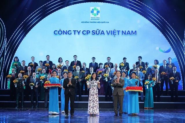 Vinamilk là thương hiệu quốc gia 12 năm liền, thành công đưa thương hiệu sữa Việt vươn tầm thế giới