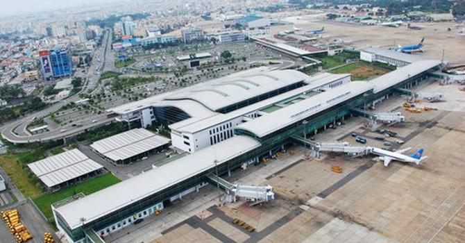 Cửa hàng miễn thuế tại sân bay thu gần 91 tỷ đồng mỗi tháng