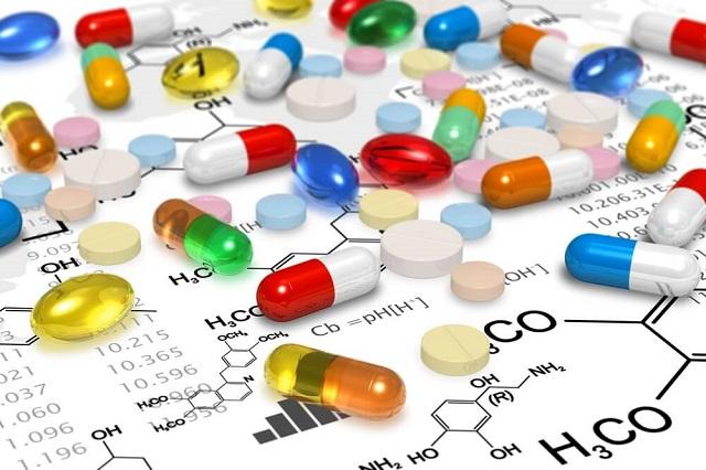 Giữa muôn trùng khó, doanh nghiệp ngành dược chọn bước đi nào?