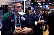Tăng hơn 250 điểm, Dow Jones leo dốc liền 4 phiên