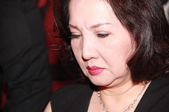 """Cổ phiếu QCG giảm sàn sau lời """"đe dọa"""" của bà Như Loan"""
